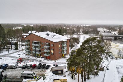 Pyhäjoen kunta kasvattaa vuokra-asuntokantaansa - ostaa yhden asunnon lisää Koskipuistosta