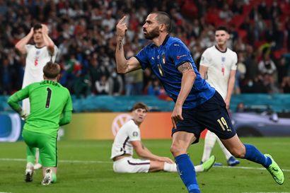 Italia ratkaisi Euroopan mestaruuden rangaistuspilkulta – Englannin unelma-alku suli finaalissa käsiin
