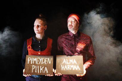 Kahdeksas Alma Harmaa turvautuu Pimeyden Piikaan – Sodankylän Tanssi esittää näytökset erittäin rajatulle yleisölle
