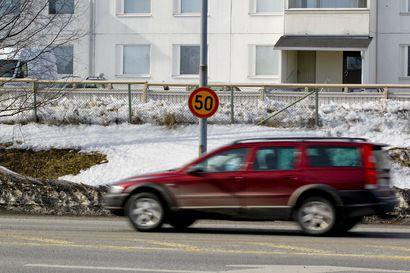 Timisjärven tiellä hillitään kiirettä – 50:n nopeusrajoitus yksityistielle