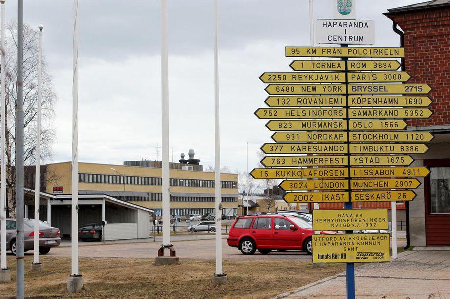 Haaparannan poliisilaitos on keskeisessä osassa uutta Suomen ja Ruotsin rajalle sijoittuvaa trilleriä, sillä sen päähenkilönä on haaparantalainen naispoliisi.