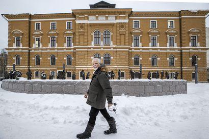 """Jospa erämuseo sijoitettaisiin Oulun kaupungintaloon, ehdottaa kaupunginvaltuutettu Martti Korhonen – """"Pitäisi uskaltaa rohkeasti miettiä vaihtoehtoja"""""""