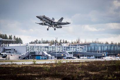 Hornet ilmoitti laskutelineviasta, pelastuslaitos varmisti laskeutumista Rovaniemellä