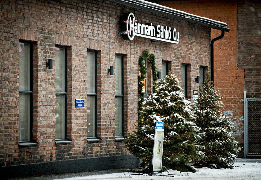 Hammarin Sähkön punatiiliset toimitalot huokuvat nostalgiaa.