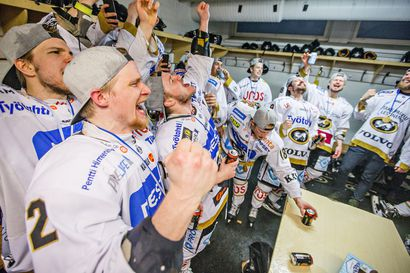 Kärppien mestaruusjuhlissa esiintyvät Suvi Teräsniska, Diandra, Ellinoora ja Poju – sekä miesten että naisten joukkueet paikalla