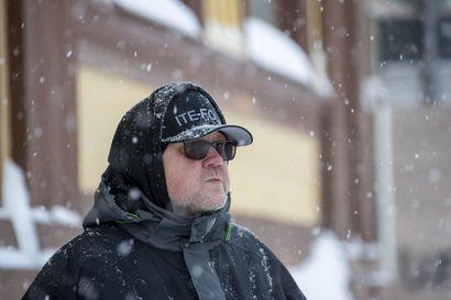 """""""Jonkinlainen kollektiivinen henki oli valloillaan"""", muistelee Tiltti-yhtyeen basistina toiminut Antti Heinonen yli 40 vuoden takaisia Oulun punkaikoja"""
