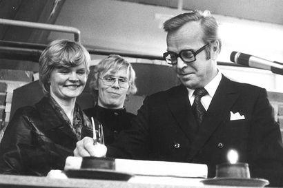 Asko Oinas (1929–2020) oli yllätysvalinta maaherraksi –Kekkonen tahtoi läänin johtoon miehen, joka pistää asioihin vauhtia