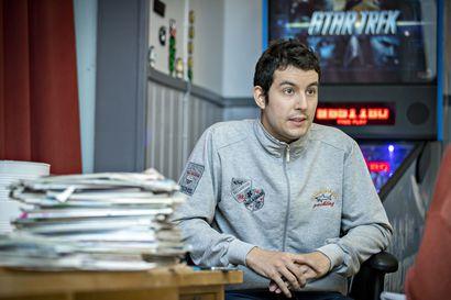 Räätälöity opetus avaa ovia – Karim kertoo saaneensa autismikirjon nuorille suunnatusta koulutuksesta lisäoppia työelämää varten