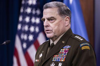 USA:n asevoimien komentaja pelkäsi Trumpin aloittavan sodan Kiinan kanssa ja käyttävän ydinaseita, kertoo paljastuskirja – vakuutti kiinalaiskollegalle, ettei USA hyökkää