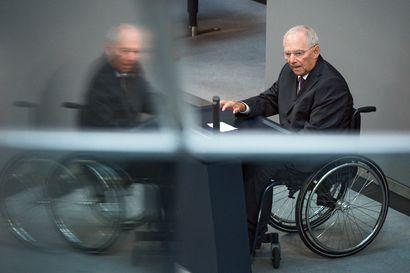 Ministeriö kiisti Schäublen lehtihaastattelun herättämät erospekulaatiot