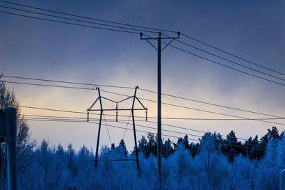 Sähkön siirtohintoihin aiotaan puuttua lailla, mutta tarkkoja vaikutuksia kuluttajien sähkölaskuihin ei osata vielä arvioida