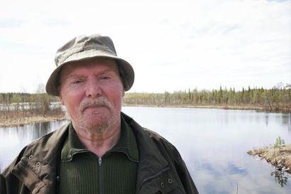 Raimo on yksi Kuusinkijoen ensimmäisiä perhokalastajia ja muistaa taimenpoikasten suuret määrät – vaelluskalajoen ennallistaminen etenee, seuraavaksi vuorossa esisuunnittelu