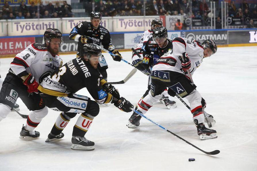 Oululaiset laukoivat peräti 82 kertaa, mutta maalinteossa onnistui vain Ville Leskinen.