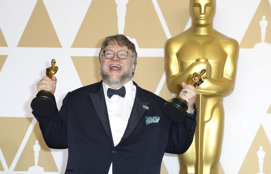 Guillermo del Toro voitti parhaan ohjaajan Oscarin elokuvallaan Shape of Water.