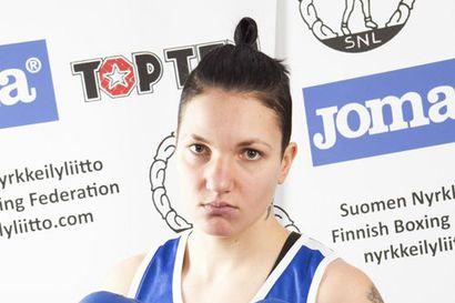 Elina Gustafsson lopettaa nyrkkeilyuransa
