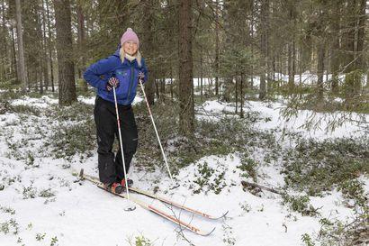 Talvilajien harrastajat yrittävät sopeutua, kun talvet lyhenevät ja lumi hupenee Oulun korkeudella