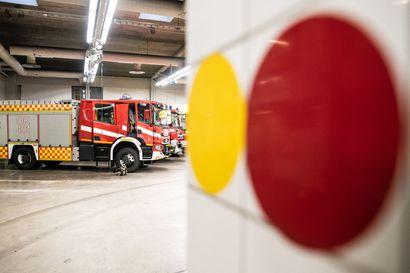 Tuleeko Kuusamoon ensi vuonna uusi paloasema? Kaupunginvaltuusto hyväksyi investoinnit mukisematta, mutta purkutuomioista äänestettiin