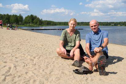 """Hutut ajoivat 5200 kilometriä Espanjasta Kuusamoon, mutta ilman rokotuksia ja koronatestiä Euroopan läpimatkalle ei olisi asiaa: """"Katkeaa varmasti jo heti lentokentälle tai rajalle"""""""