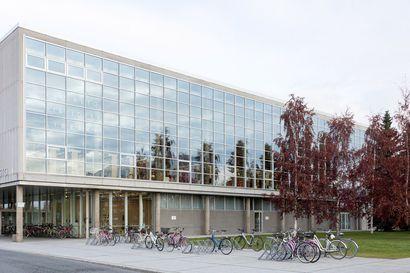 Oulun pääkirjaston aukioloajat pitenevät ja lisää kirjastoja avataan koulujen alkaessa