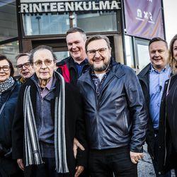 """""""Älä koskaan petä asiakasta"""" – Lapin Vuoden yrittäjä -palkinto Rinteen kauppiassuvulle"""