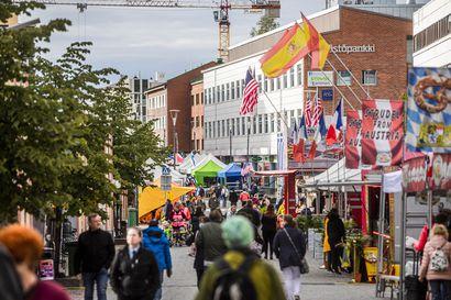Kansainväliset suurmarkkinat täyttävät Rovaniemen keskustan – Torniossa markkinoilla vieraili noin 35 000 kävijää, samaa määrää odotetaan Rovaniemelle