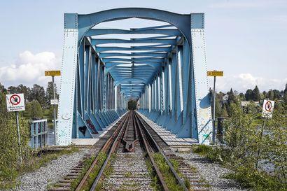 Ruotsin Lapissa junat kulkevat pian, mutta Suomessa jahkailu tuntuu vain jatkuvan