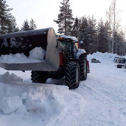 """Luntahan voi paalata, hoksasi sekatyömies Kauko Mäntyjärvi ja keksi uuden laitteen – """"Mietin, että eihän tuossa ole mitään järkeä, ilmaa kuljettavat"""""""