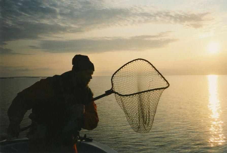 Vapaa-ajallaan Vesa-Matti Loiri rakastaa kalastamista ja Lappia.