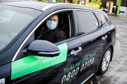 Menevä Oy etsii jo kuskeja Lapin Kela-kyydeille – Helsinkiläinen taksifirma voitti kilpailutuksen ja aloittaa Kelan korvaamien taksikyytien ajamisen joulukuun puolivälissä