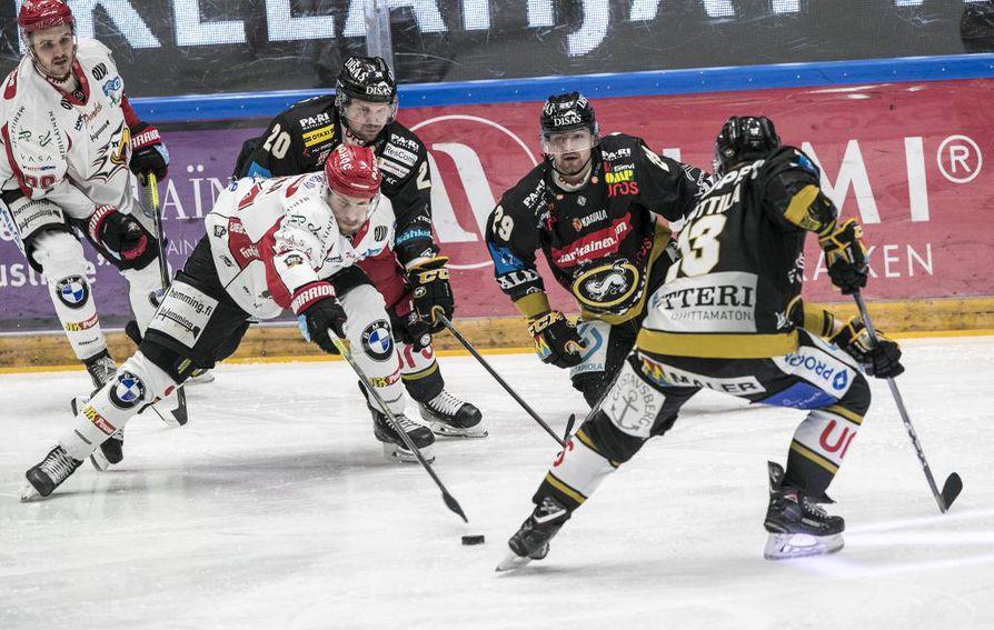 Kärpät voitti Sportin Raksilassa lukemin 2-1.