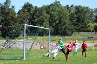 FC Raahen C-juniorit Wasa Cupissa hopealle