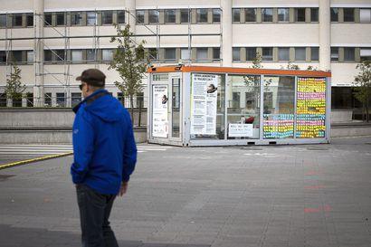 Tiktokkaaja Andreas Tolosen Viikko lasikopissa -haaste kerrytti 10000 euroa mielenterveystyölle