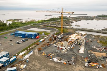 Fennovoima ja RAOS: Ydinvoimalan rakentamisluvan viivästyminen on suitsinut yritysten intoa pyrkiä mukaan Pyhäjoen työmaalle