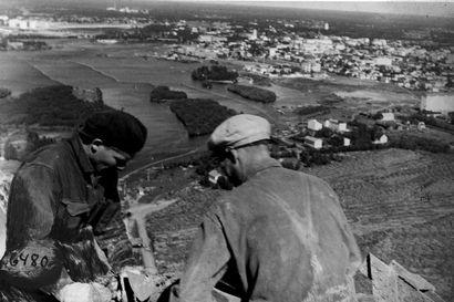 Piippumuurarin polvi ei kestä tutista vähääkään – Lyly Rajala kiipesi noin 30 kertaa Suomen korkeimpaan tiilipiippuun