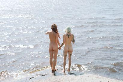 Arvio: Elin Berge pohtii kuvissaan kehon puolueettomuutta ja eri kulttuurien aiheuttamaa hämmennystä