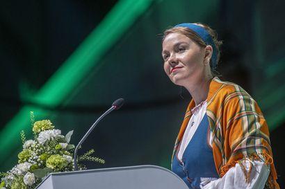 Keskustan puheenjohtaja Katri Kulmuni avasi keskustan puoluekokouksen – kiitti jo muita ehdokkaita yhteisestä reissusta