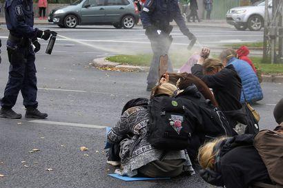 Poliisin toiminnasta Elokapina-mielenosoituksessa aloitetaan esitutkinta – tutkitaan virkavelvollisuuden rikkomisena