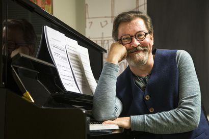 """""""Haluan olla hyvä huono esimerkki"""" –Muusikko Seppo Kantonen on kotonaan uuden äärellä"""