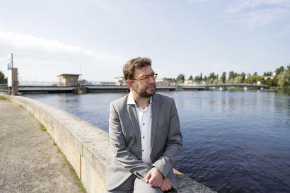Oulun kaksoisraidetoiveille tukea – ministeri Timo Harakan mukaan kaksoisraiteesta voi tulla Suomen kannalta tärkeä investointi