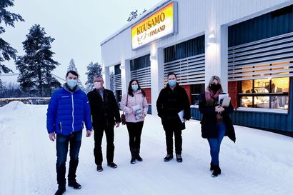 """Junayhteys Ouluun nousi esiin kokoomuksen kansanedustajien vierailulla: """"Ainakin se kannattaa selvittää"""""""