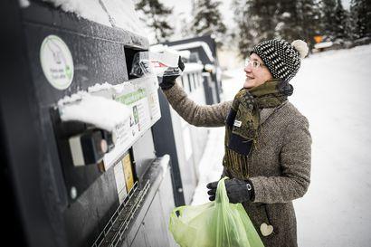 Levi haluaa kannustaa turisteja kierrättämään – jätteiden kuljettaminen mökistä ekopisteelle vaatii matkailijalta viitseliäisyyttä ja lajittelutaitoja