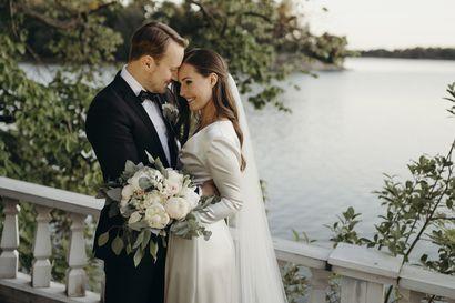"""Pääministeri Sanna Marin meni naimisiin – """"Olemme nähneet ja kokeneet yhdessä paljon"""""""