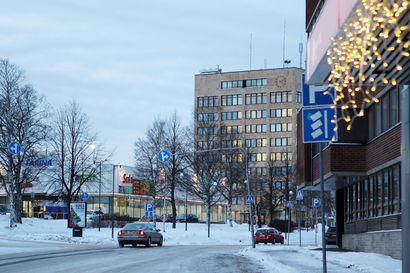 Jos valtuusto siunaa, Tornio remontoi kaupungintalon - Vuonna 1973 valmistuneen talon tekniikka on tullut tiensä päähän