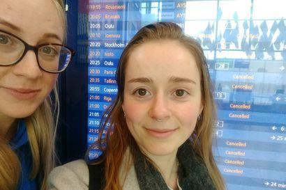 Helsinki-Vantaalla vaeltaa joukko peruttujen lentojen takia jumissa olevia matkustajia