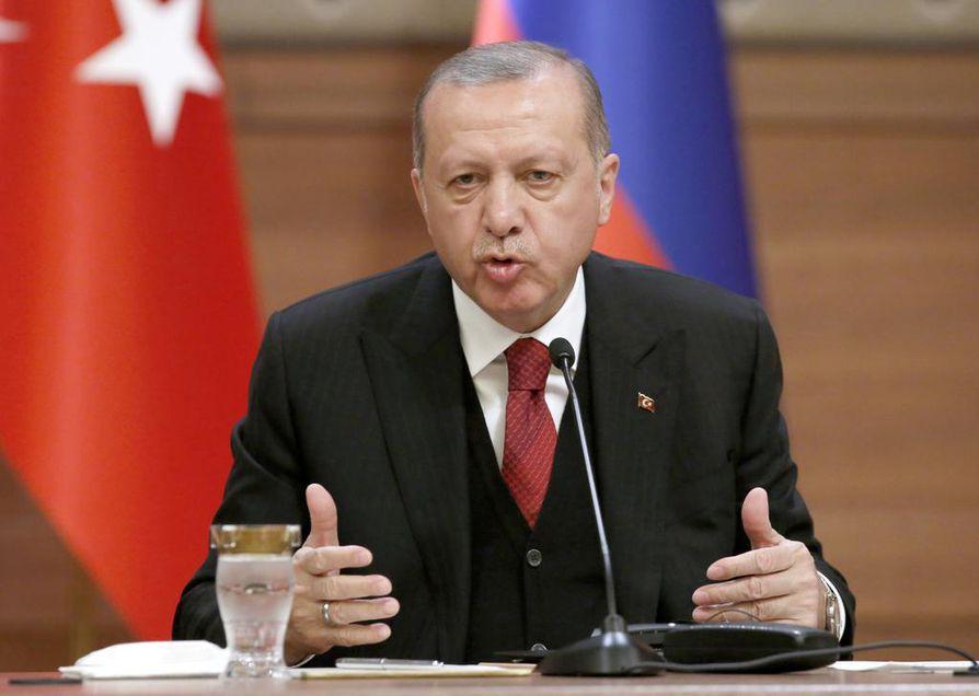 Ohjelmaan saattaa kuulua tiistaina tapaaminen Turkin presidentti