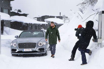 Kuusamon lumi tuo eksotiikkaa Bentleylle – Leutoihin olosuhteisiin miellettyyn automerkkiin arktisemmat kuvat tuovat uuden vivahteen