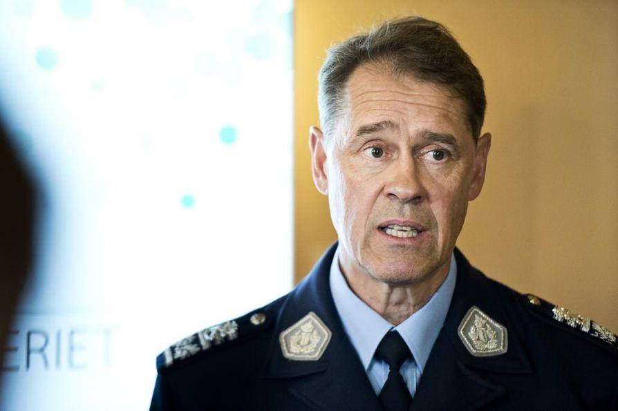 Poliisiylijohtaja Seppo Kolehmainen on kiitollinen poliitikoille poliisille budjettiesityksessä annetusta lisärahasta.