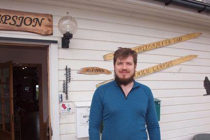 Norjassa ihmetellään erilaisia rajakäytäntöjä – Leirintäalueyrittäjä kaipaa suomalaisia matkailijoita, sillä kesä on norjalaisten varassa
