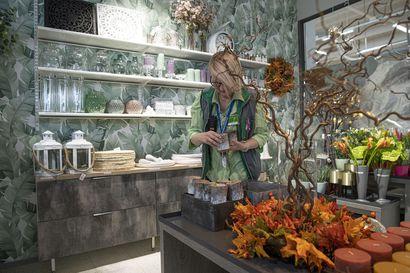 """Prisman Kukassa tänään avajaiset: """"Ajatuksena on, että samasta paikasta saat mukaan kukkia ja vaikka pienen koriste-esineen viemisiksi"""""""