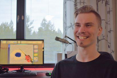 Raahelaislähtöinen Miika Heinilä kiertää pilkkikisoja tietokoneellaan